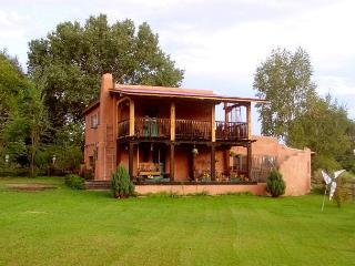 Hacienda Encantada Near Town w/ Mountain Views and Private Setting Hot Tub - Taos vacation rentals