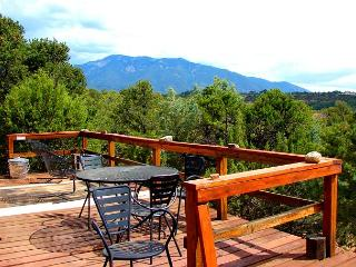 Taos secluded sweeping views patios deck lush gardens loft hot tub dsl - Valdez vacation rentals