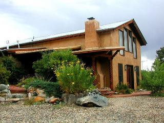 Taos secluded sweeping views patios deck lush gardens loft hot tub dsl - Valdez vacation rentals
