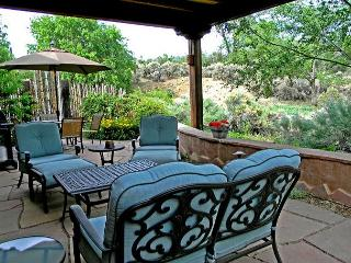 Taos in Town Mountain View Private Patio with  Hot Tub wifi - Taos vacation rentals