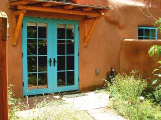 Walk to Town upscale granite kitchen, Enclosed patios with private hot tub - Taos vacation rentals