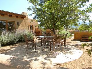Cielo Vista Main + Guest House Great Views 2 Hot Tubs Arroyo Seco - Carson vacation rentals