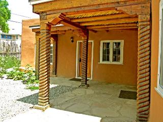 Former home of world renowned Taos artist, R.C Gorman. Walk to town! - Taos vacation rentals