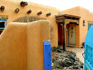 Casa de Legado Private Setting with Panoramic Mountain Views, Private Hot Tub - Taos vacation rentals