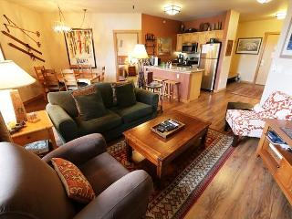Largest ski-in, ski-out floor plan, 2 bed, 2 bath at Eagle Lodge, Sleeps 7! - Mammoth Lakes vacation rentals