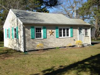 Quaint Cottage - Quiet Neighborhood - South Yarmouth vacation rentals
