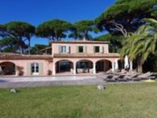 Beautiful Luxurious Seven Bed Villa In Beauvallon. - Grimaud vacation rentals