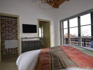 Bright 4 bedroom Apartment in Cortina D'Ampezzo with Internet Access - Cortina D'Ampezzo vacation rentals