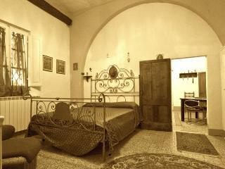 3 bedroom Villa with Internet Access in Montefollonico - Montefollonico vacation rentals