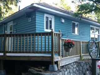 3 Bedroom cottage weekly rentals - Val-des-Monts vacation rentals