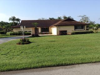 Bright 3 bedroom Sebring House with A/C - Sebring vacation rentals