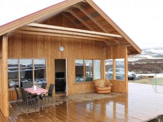 Lovely 3 bedroom House in Akureyri with Television - Akureyri vacation rentals