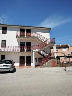 Apartment MARY - 300 m from the sea - Vantacici vacation rentals