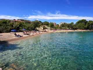 Apartment MARY - 300 m from the sea - Vantacici vacation rentals