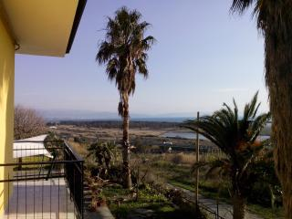 PAGODA 5, sleep and go (Lamezia,kitesurf) - Gizzeria Lido vacation rentals