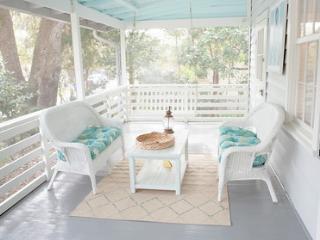Sea Salt - 4br Folly Beach cottage 1block to beach - Folly Beach vacation rentals