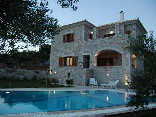 2 bedroom Villa with Internet Access in Methoni - Methoni vacation rentals