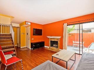 CLOSEST TO DISNEYLAND! 3 Bedroom Townhome in Anaheim - Anaheim vacation rentals