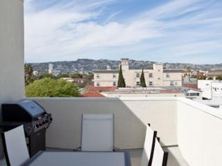 Enjoy Beverly Hills Lifestyle in this Spacious 2 Bedroom Apartment - Los Angeles vacation rentals