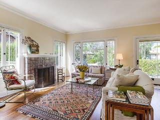 Bright California Cottage with amazing landscaped yard - Marina del Rey vacation rentals