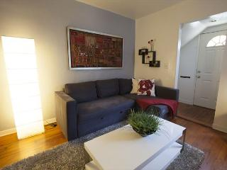 Very cool Venice Beachside apartment has comfortable contemporary furniture - Venice Beach vacation rentals