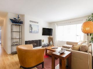 Spacious and Modern Apt, steps to Venice Beach Pier - Marina del Rey vacation rentals