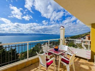 Two bedroom apartment with breathtaking view - Mimice vacation rentals