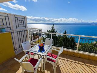 One bedroom apartment with breathtaking view - Mimice vacation rentals