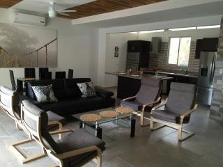 3 bedroom Villa with Internet Access in Manuel Antonio National Park - Manuel Antonio National Park vacation rentals