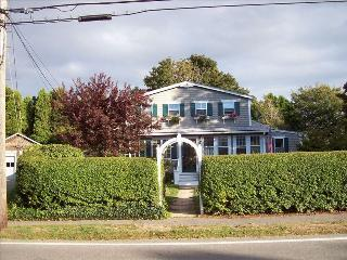 Charming Cape Home/Walk to Beach - Falmouth vacation rentals
