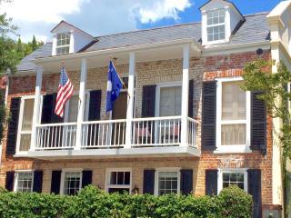 2 bedroom House with Washing Machine in Charleston - Charleston vacation rentals