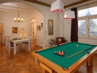 Recoleta Cream Of The Crop - 4 Bedroom / 3 Bath - Buenos Aires vacation rentals