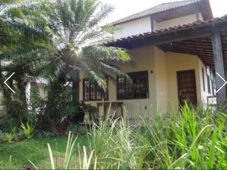 Nice House with A/C and Shared Outdoor Pool - Vila Muriqui vacation rentals