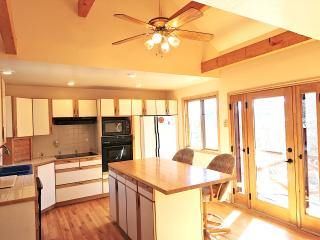 Nice House with Internet Access and Mountain Views - Teasdale vacation rentals