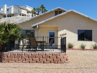 Vacation Rental close to River and Casinos - Bullhead City vacation rentals
