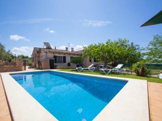TAPARERA - Property for 5 people in sineu - Sineu vacation rentals