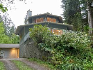 Perfect 2 bedroom Glacier House with Dishwasher - Glacier vacation rentals