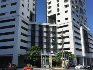 Best Studio Unit in the Heart of Makati - Makati vacation rentals