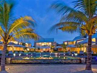 Pointe aux Biches Holiday Apartment BL*********** - Trou aux Biches vacation rentals