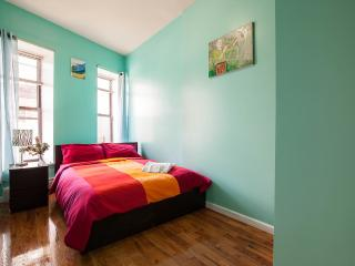 NEW 4bedrooms 2bathroom apt stay8-10 people - New York City vacation rentals