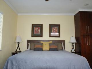 Island Retreat in Palm Beach Shores - Palm Beach Shores vacation rentals