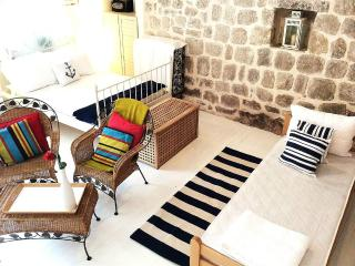 Perast Holiday Apartment BL*********** - Perast vacation rentals