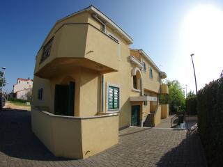 Romantic 1 bedroom Apartment in Zadar - Zadar vacation rentals