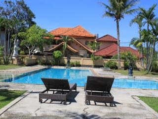 two story 3 bedroom villa in villa complex - Tanjungbenoa vacation rentals