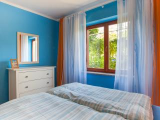 Cozy apartment, peaceful location - Cres vacation rentals