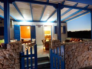 2 bedroom House with Internet Access in Monolithos - Monolithos vacation rentals