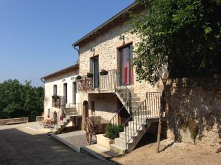 "Charmante Appartement ""Les Hauts de Cluny"" - Cluny vacation rentals"