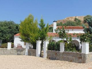 Nice Villa with Internet Access and Satellite Or Cable TV - Ayora vacation rentals