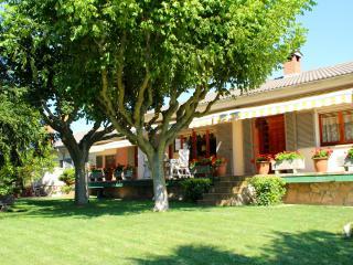 Comfortable 1 bedroom Condo in Capellades - Capellades vacation rentals