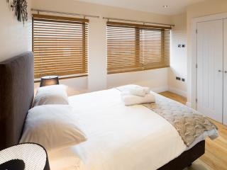 Short Let Space Premier Apartments Oxford one bed - Oxford vacation rentals